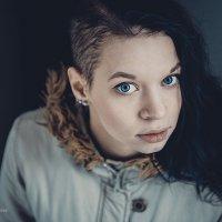 - :: Евгения Михайлова