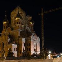 Ночная съёмка. Строительство храма. :: Алёна Михеева