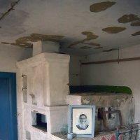 в брошенном доме :: Константин Диордиев