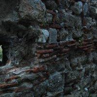 Пицунда. Руины храма II - VI века. :: Нелли *