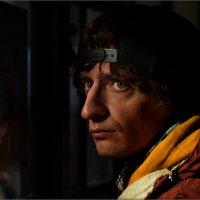 Портрет молодого человека в автобусе :: Станислав Лебединский