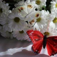 Цветы и бабочка :: Mariya laimite
