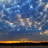 Огромное небо одно на двоих :: Лидия Цапко