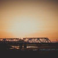 Мост на закате :: Вира Вира