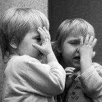 ...Ты не моя близняшка.... :: виктор омельчук