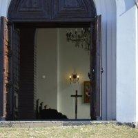 двери в храм всегда открыты :: Игорь Д