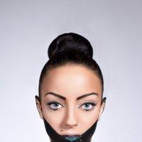 Black :: Albina Arslanova