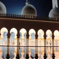 Мечеть в Абу Даби :: Рустам Илалов