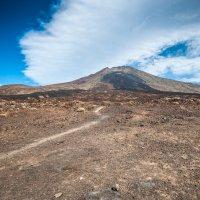 Дорога к вулкану :: saratin sergey