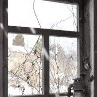 Окно апрель :: Сергей Коновалов