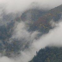 облака в горах... :: Евгений Даньшин