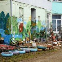 Дабы скрасить серые будни... :: Людмила Жданова