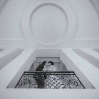 На лестнице :: Дмитрий Писковец