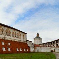 Кирилло-белозерский монастырь :: Александр Силинский