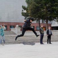 Прыжок :: Сергей Черепанов