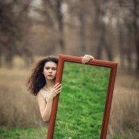 Девушка с зеркалом :: Валерий Худушин