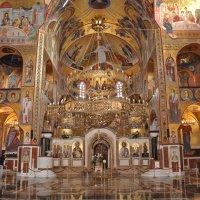 Православный храм :: Людмила