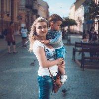 Максимка и мама :: Андрей Желудков