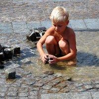 Каменные кубики :: Владимир Бровко