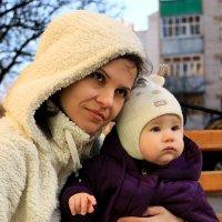 Мамочка с дочуркой :: Анжелика Засядько