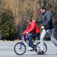 Учись ездит на велосипеде... :: Владимир Маслов