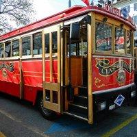 автобус туристический :: Александр Корчемный