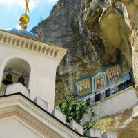 Фрагмент Бахчисарайского пещерного монастыря :: Юрий Яловенко
