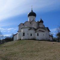 Псков. Церковь Василия на горке... :: Владимир Павлов