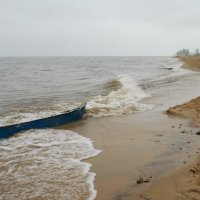 Байкал и лодка :: Наталья Покацкая