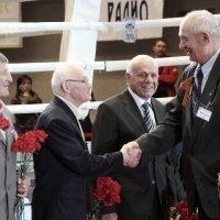 Почётные гости турнира по боксу :: Лев Мельников
