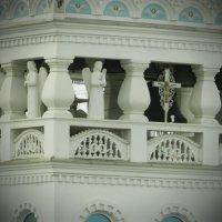 Ангелы украшающие стены церкви Св. Екатерины в Фиодосии :: Ирина Лапина