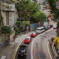 ...горный серпантин Гонконга... :: Сергей Андрейчук