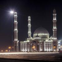 Большая мечеть в городе Астана. :: Seda Yegiazaryan