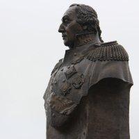 Памятник М. Кутузову. п.Прохоровка. :: Александр ***