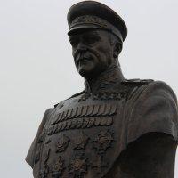 Памятник Г. Жукову. п.Прохоровка :: Александр ***
