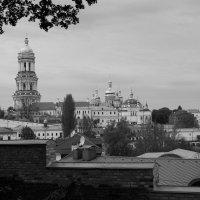 Лаврская обитель в черно-белом :: Николай Витрук