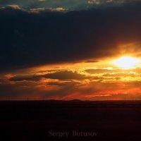 Закат в Ясном Оренбургской области. :: Сергей Бутусов