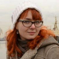 Украшение Невы - суда, девушки и львы (в кадр не попали:))) :: Александр Бабенков
