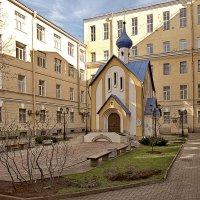 Церковный двор Университета путей сообщения (ЛИИЖТ) :: Владимир Горубин