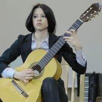 Пьеса для гитары :: Юлия Емелина