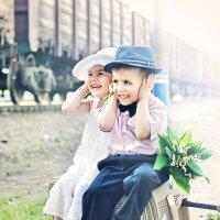 А мимо проезжали поезда... :: Алиса Бронникова