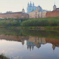Любуясь в зеркало днепровских вод... :: Игорь