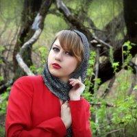 Девушка в красном..5 :: Андрей Войцехов