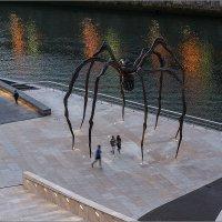 Паук возле музея Гугенхайма. г.Бильбао, Испания :: Lmark