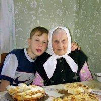 В гостях у бабушки :: Валерий Талашов