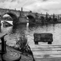 Вид на Карлов мост :: Eugene *