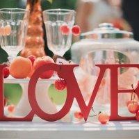 Слово для фотосессии LOVE :: Любовь Петрова