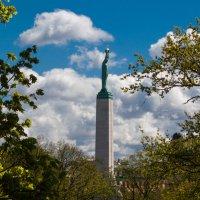 памятник свободы в Риге :: Диана Матисоне