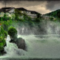 великан Рейнского водопада :: Александр Корчемный