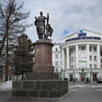 Памятник М.В. Ломоносову (г. Архангельск) :: Алёна Михеева